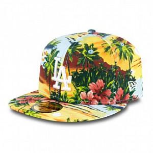 New Era apuesta por la moda más tropical