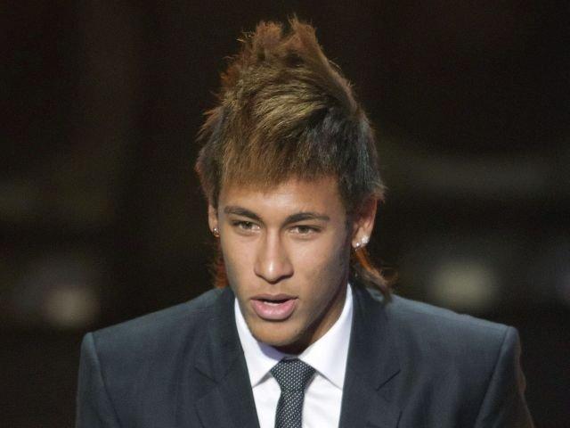 De F  Tbol Y Ultimamente Los Que M  S Triunfan Son Los Que Luce Neymar
