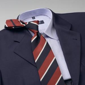 Cómo combinar camisa y corbata