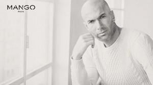 Zidane posando para la campaña de Mango