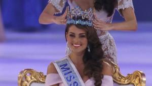 Paulina Vega coronada como Miss Universo 2015