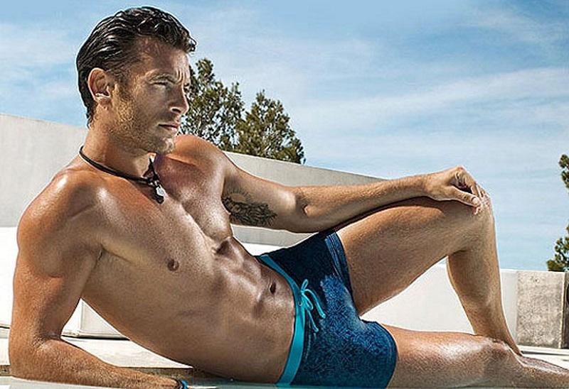 Imagenes De Baño Hombres:bronceado masculino, cuida tu piel -