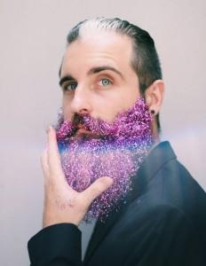 hombre con Barba con purpurina