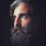 Barbas con purpurina