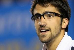 deportista con gafas