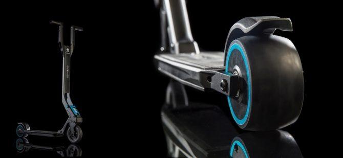 Peugeot presenta el nuevo patinete ultraplegable